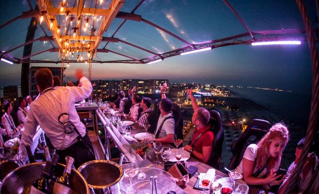 【天空餐厅】吉隆坡8个城市可以让你享美食,赏风景的空中餐厅