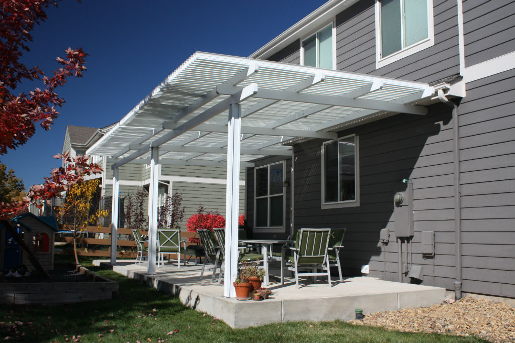 15 Easy And Beautiful Garden Cover With Roof Building Materials Online